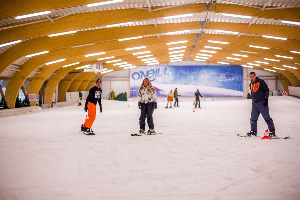 ice mountain station piste ski indoor